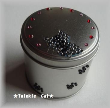 サバトラ缶