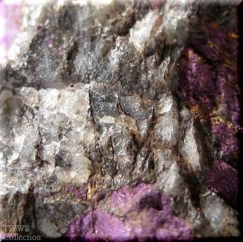 紫石_ナミビア1脈