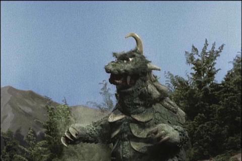 古代怪獣ゴメス