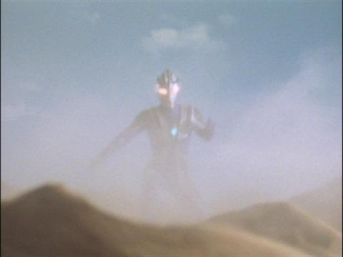 アパテーを倒したウルトラマンアグル