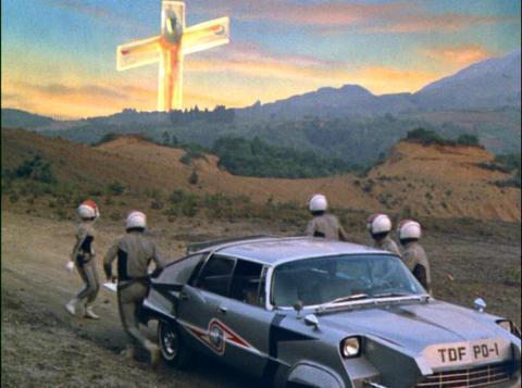 十字架に磔られたウルトラセブン