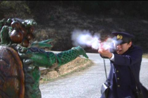 かわのじを見た警官が発砲