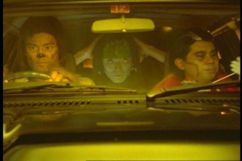 「ウルトラマンティガ」第8話「ハロウィンの夜に」 ムナカタ・シンジョウ・ホリイ