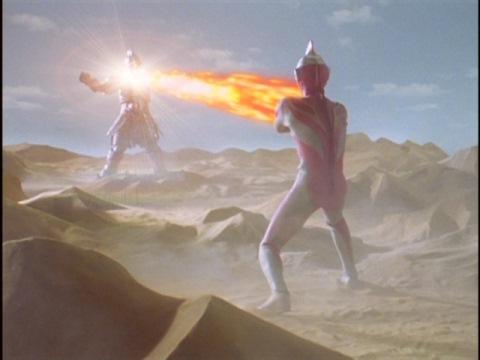 クァンタムストリームでアパテーを撃つウルトラマンガイア