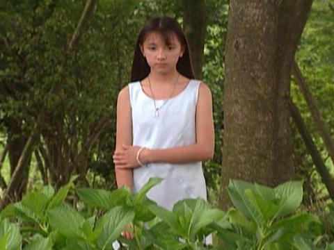 第2話「謎のダークマター」より 少女