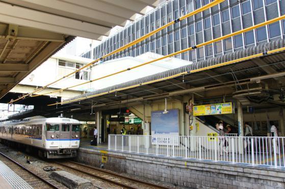 201308hiroshimaeki1-4.jpg