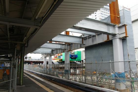 201311hiroshimaeki1-4.jpg
