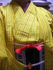 黄色い紡ぎ0001.jpg