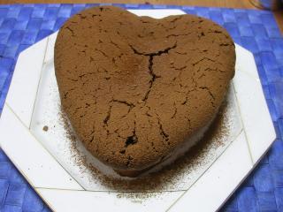 チョコレートケーキ 001s.jpg