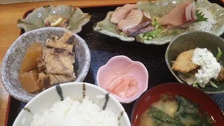 とじまブリ定食12