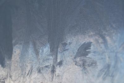 玄関が凍る