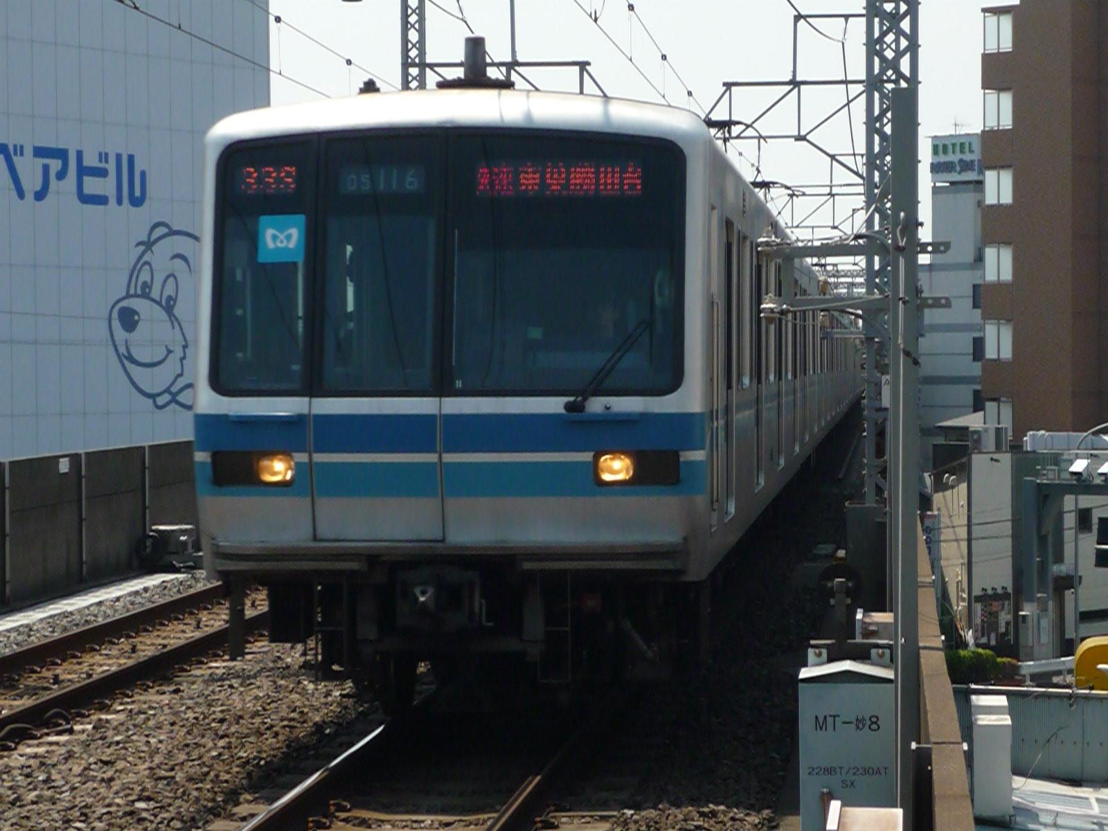 2010-05-01-22