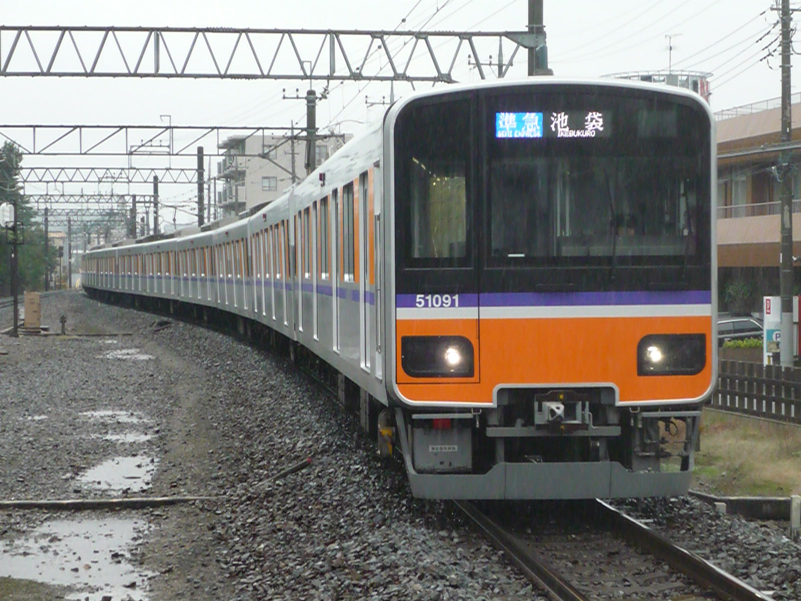 2010-10-30-02