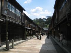 higashityayagai2.jpg