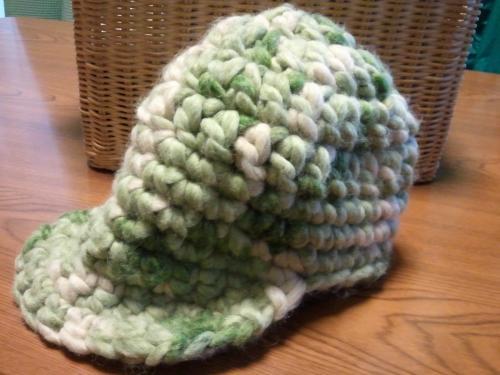 緑帽子つばつき
