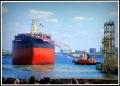 ⑦海に浮かぶ新造船-1