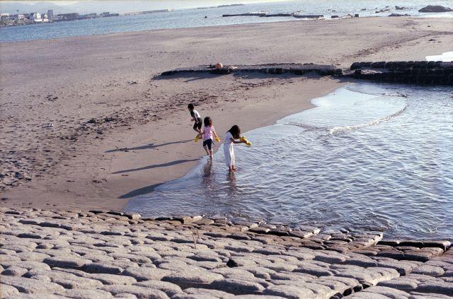 朝の浜辺01