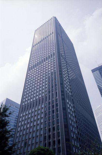 新宿センタービル01