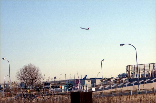 羽田で飛行機01c