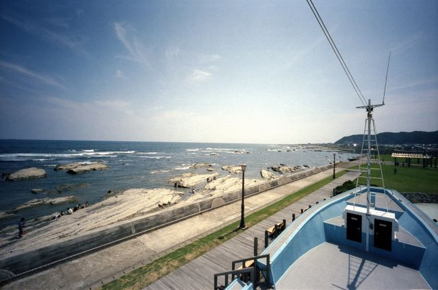 浜辺の観光01f