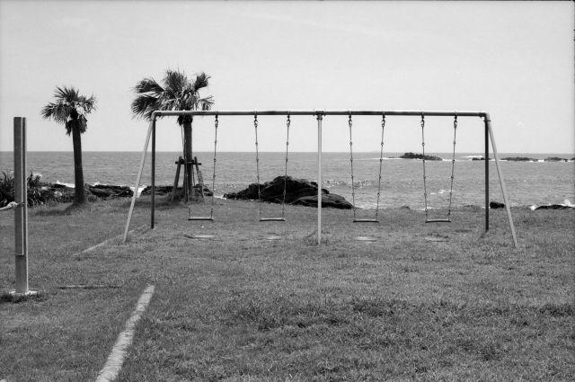 浜辺の観光02b