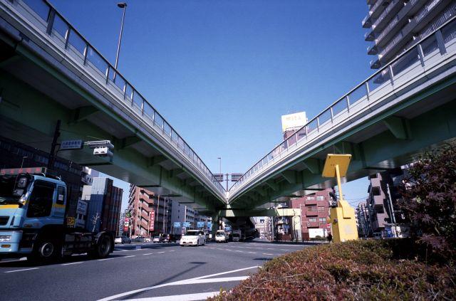 ComeWinding-Road01