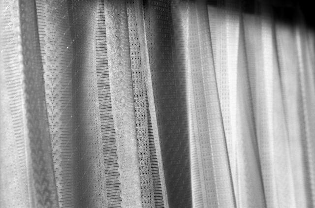 curtain02a