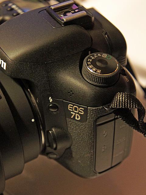 EOS-7D