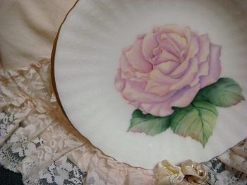 ungaroのお皿の薔薇