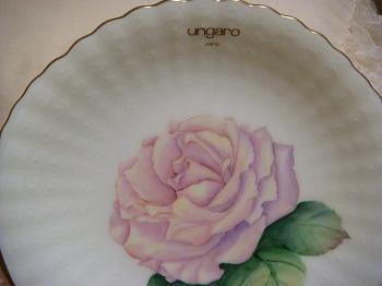 ungaroのお皿の薔薇2
