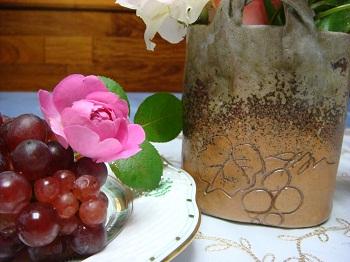 ブドウと笠間焼