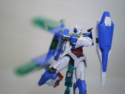 HG00 ダブルオークアンタ 13