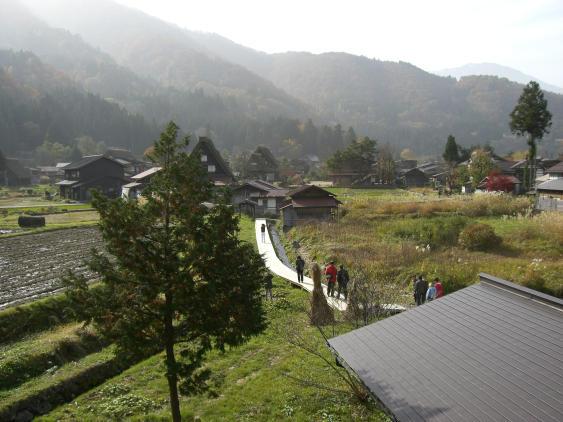 20101113_白川郷和田家2Fよりの眺望