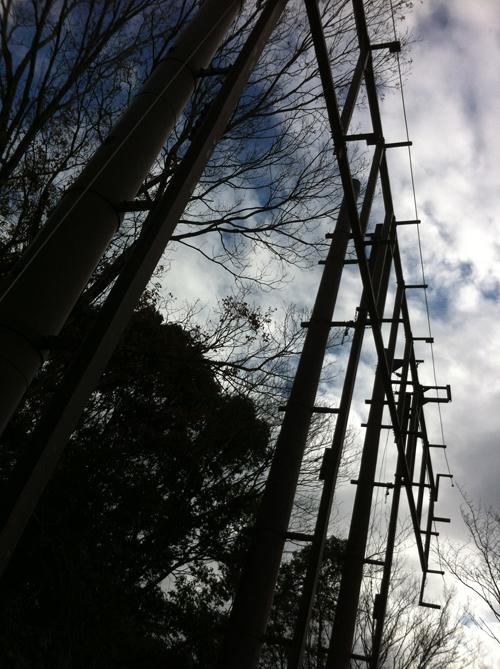 何かの鉄塔