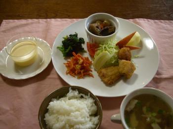 20101210ホタテとホッケのフライ定食(ブログ)