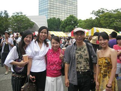 ベトナムの美女たちと