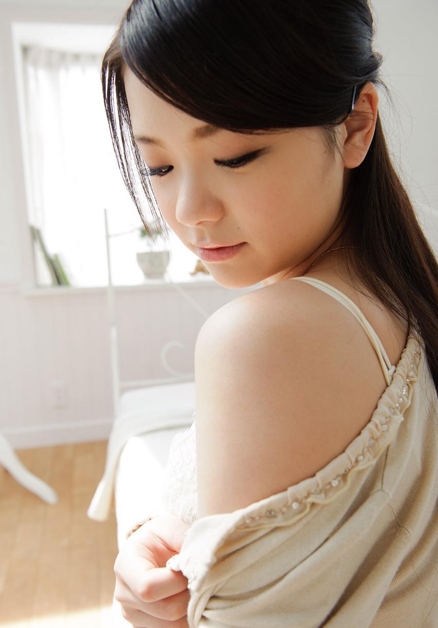 鶴田かな 画像 15