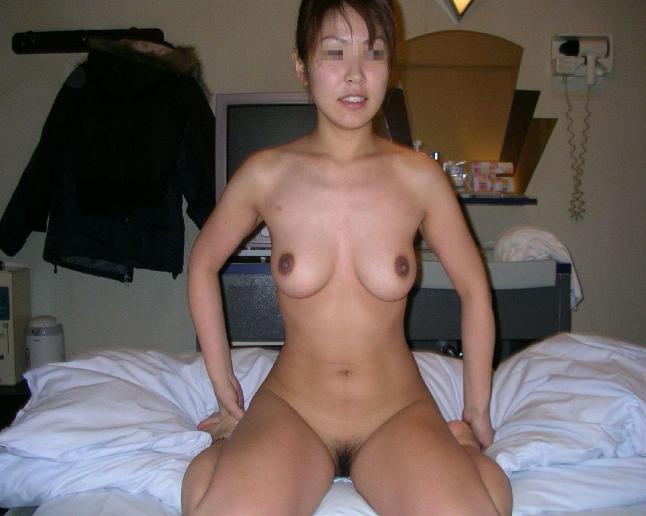 ラブホテルで撮られた彼女の裸 画像 87