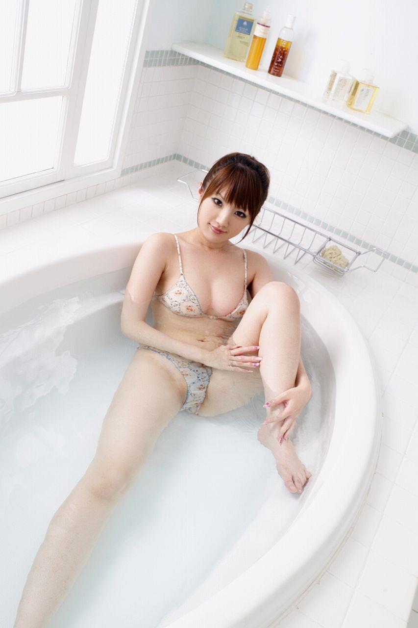 お風呂に入っている女の子 画像 19