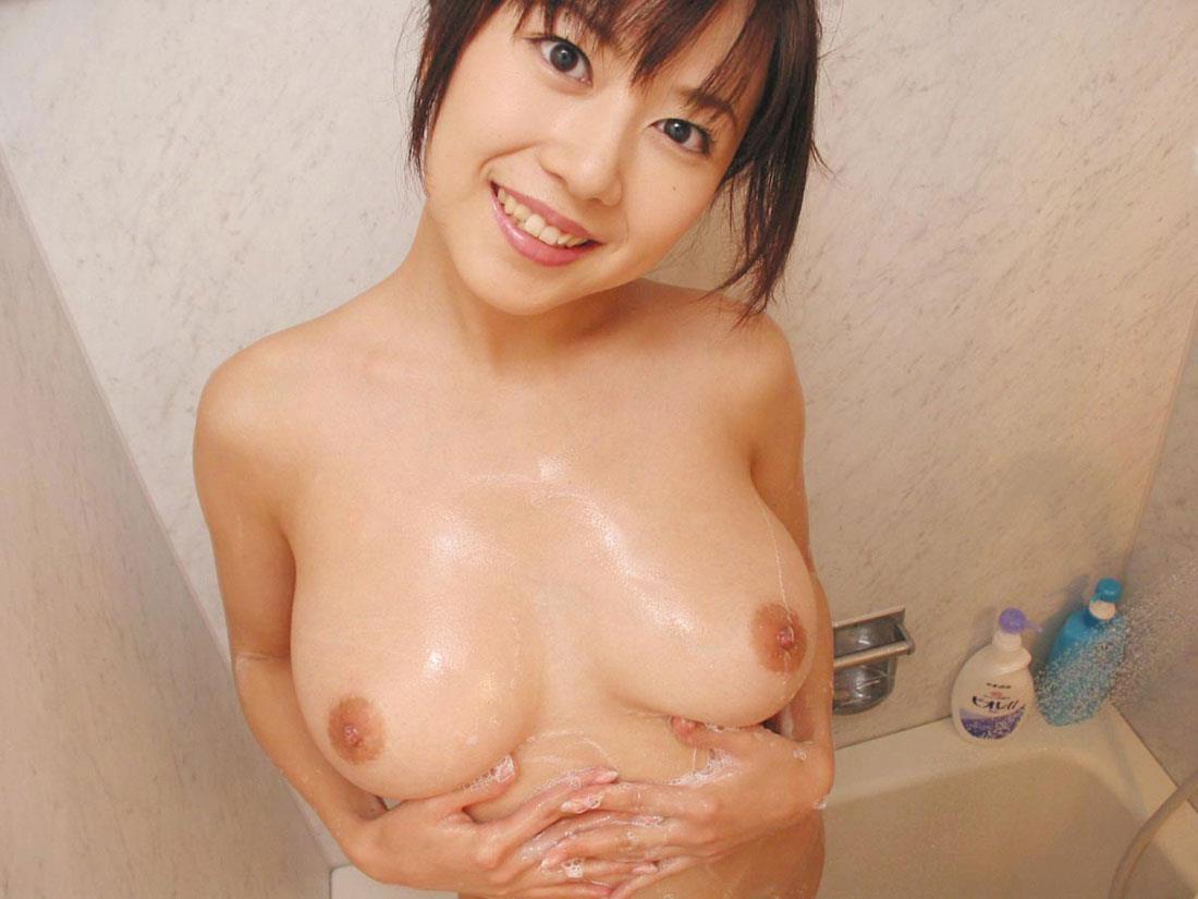 お風呂に入っている女の子 画像 29