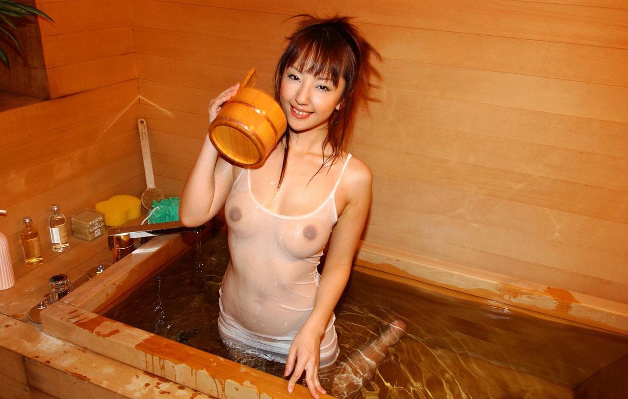 お風呂に入っている女の子 画像 44