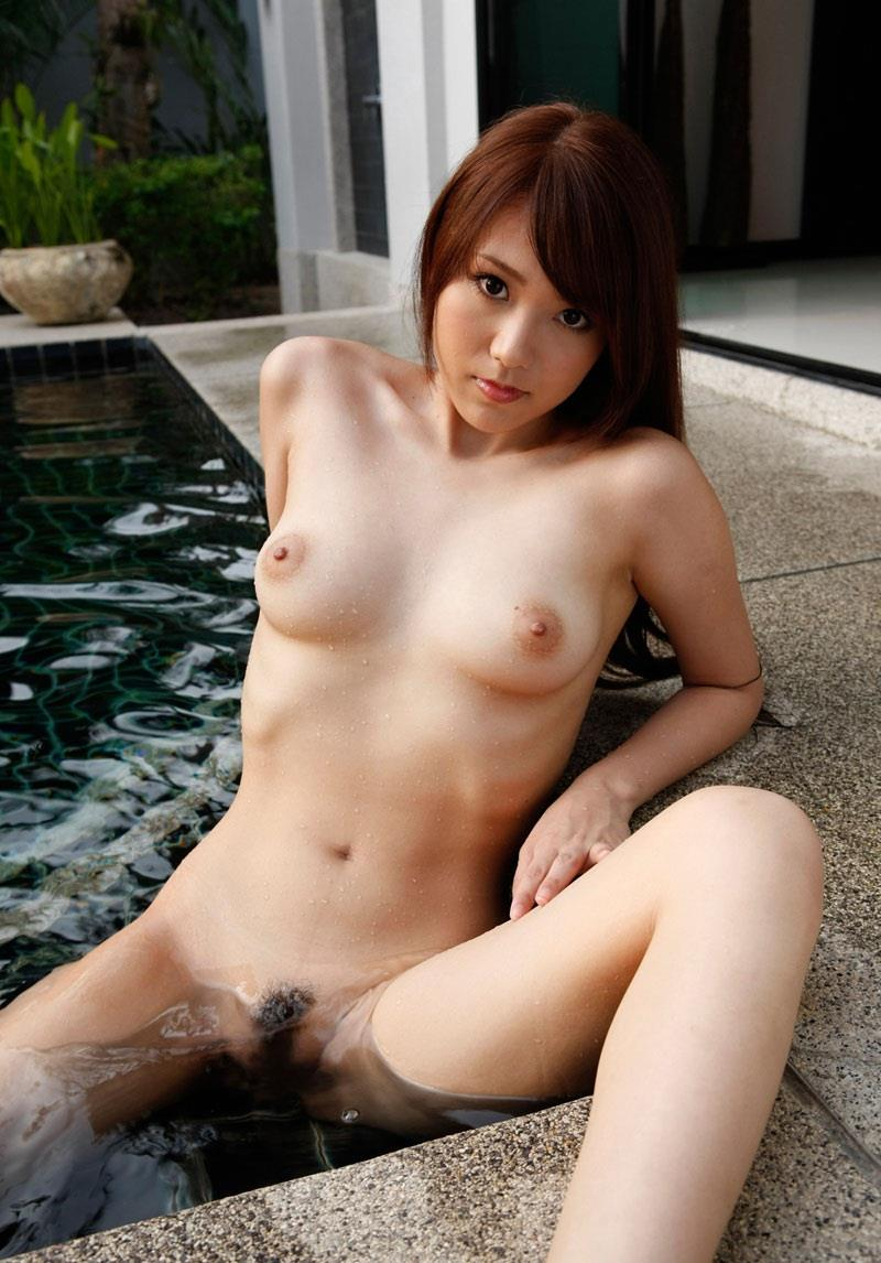 おまんこ M字開脚 画像 4