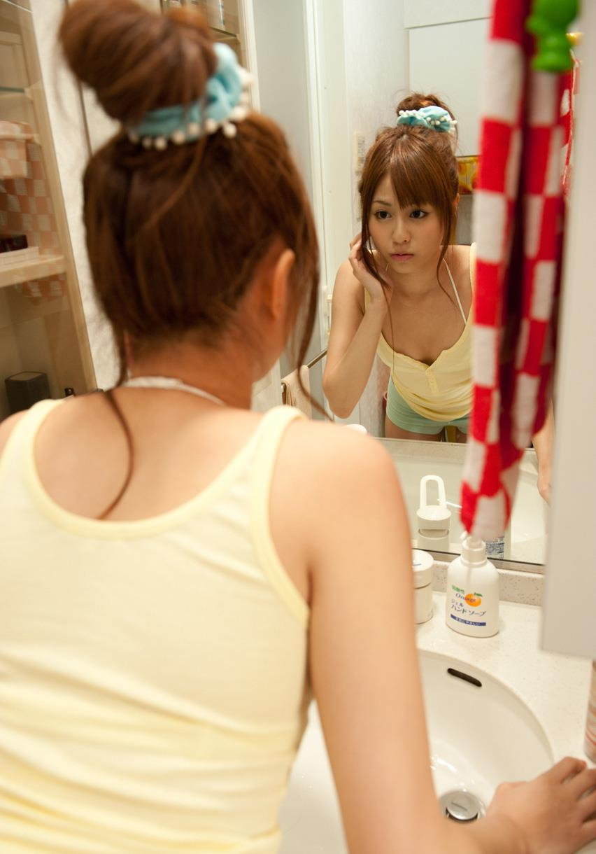 瑠川リナ 画像