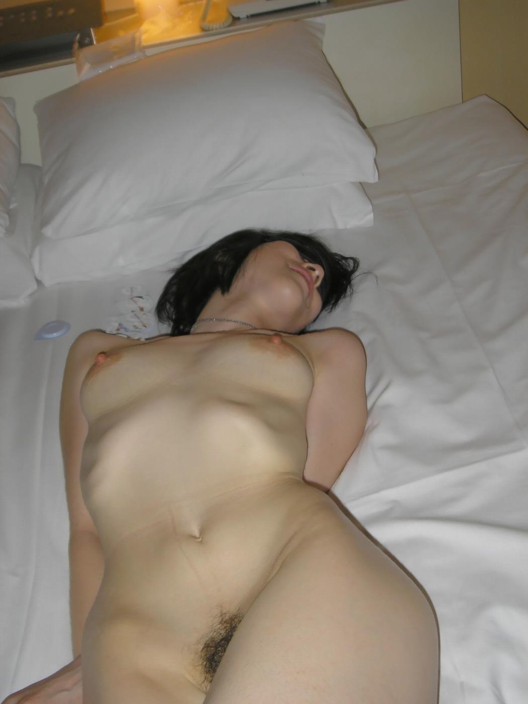 セックス後の素人女性 画像 12