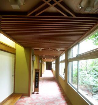 石川県廊下施工前