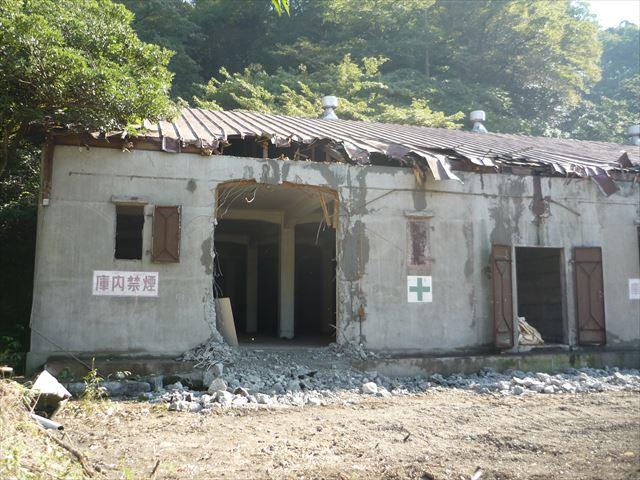 魚雷倉庫・火工倉庫 097_R