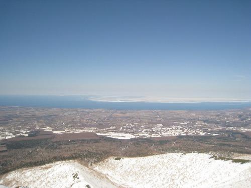 オホーツクの流氷(玉石1435mより)