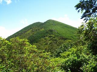 芽室岳頂上(西峰分岐より)
