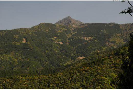 石堂山遠景