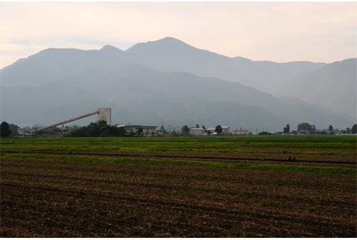 大野市街地から見た荒島岳